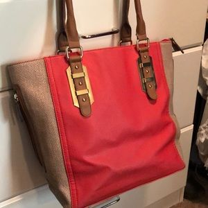 Coral leather medium/large handbag